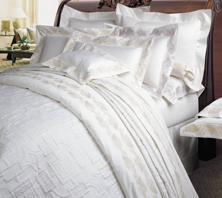 Bedspreads: Choosing the Right Colours & Designs