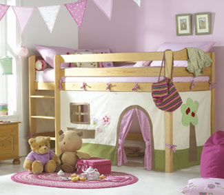 Junior Beds: A wide range of exciting designs